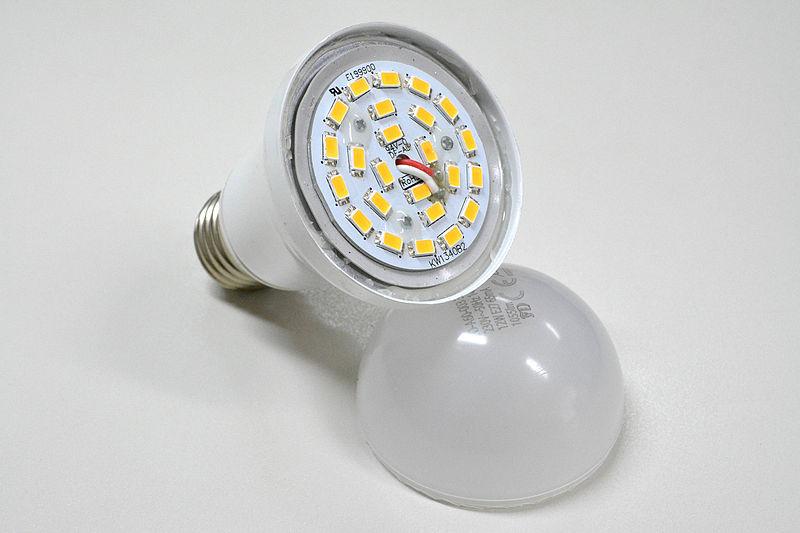 Lâmpada LED usada em Projeto Luminotécnico