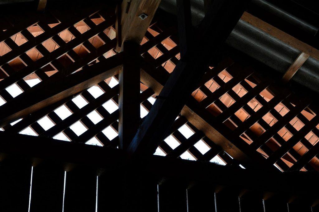 Treliça de madeira para telhados